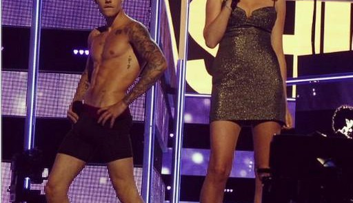 FASHION ROCKS 2014 - Justin Bieber e Lara Stone