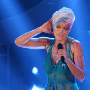 TALE E QUALE SHOW 2014 - Roberta Giarrusso as Pink