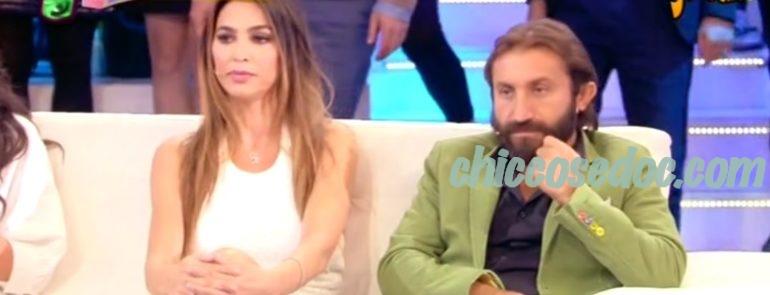 """""""STRISCIA LA NOTIZIA"""" - Il fuorionda di Cecilia Capriotti ed Elena Morali a """"Domenica Live"""""""