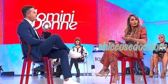 """U&D - Ida Platano e Riccardo Guarnieri, protagonisti di """"Temptation Island"""", in studio alla seconda puntata del """"Trono Over"""" al confronto"""