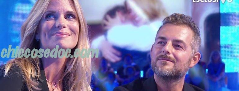 """""""VERISSIMO"""" - Daniele Bossari e Filippa Lagerback, emozionati, nel rivedere in studio il filmato delle loro nozze.."""