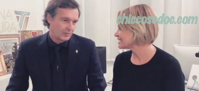 L'annuncio social a due voci di Simona Ventura e Gian Gerolamo Carraro..