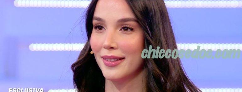"""""""POMERIGGIO 5"""" - Paola Di Benedetto smentisce la crisi con il fidanzato Federico Rossi.."""