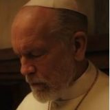 """MOSTRA DEL CINEMA DI VENEZIA: JUDE LAW E JOHN MALKOVIC DIRETTI DA PAOLO SORRENTINO IN """"THE NEW POPE"""". L'ABBRACCIO TRA PENELOPE CRUZ E MERYL STREEP ED IL PRIMO TAPPETO ROSSO DELLA COPPIA GIULIA DE LELLIS ED ANDREA IANNONE.."""