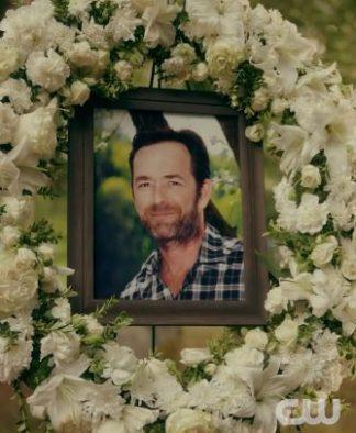 """""""RIVERDALE"""" - Il doloroso addio tv ed il tributo dell'intero cast al compianto collega ed amico Luke Perry.."""