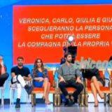 """""""STRISCIA LA NOTIZIA"""": IL LANCIO DI SCARPA DI GIOVANNA ABATE CONTRO GIULIO RASELLI, IN ONDA NEL """"TRONO CLASSICO"""", IN CLASSIFICA NE """"I NUOVI MOSTRI"""".. COME L'AMMISSIONE SULLE CORNA, PORTATE E MESSE, DI TINA CIPOLLARI AL """"MAURIZIO COSTANZO SHOW"""".."""