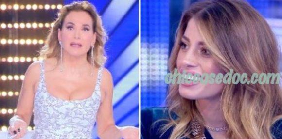 """""""LIVE – NON E' LA D'URSO"""" - Chiara Nasti scambiata dalla conduttrice per Chiara Biasi.."""