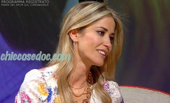 """L'INTERVISTA"" - Elena Santarelli ospite"