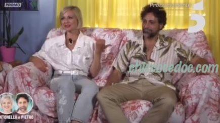 """TEMPTATION ISLAND"""" - Il filmato di presentazione di Antonella Elia e del fidanzato Pietro Delle Piane.."""